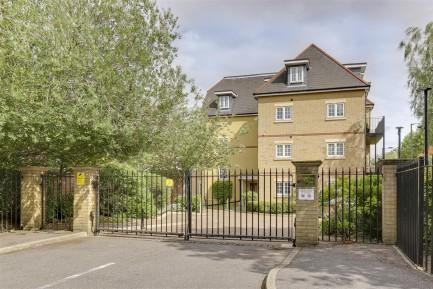 Havilands : Brockley Court